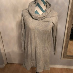 Lightweight gray tunic sweater